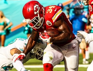 Knile Davis was a highlight of the game, showing off his mix of bruising power, a fighting running style, and surprising burst for his size that allowed him to adequately fill in for Jamaal Charles.