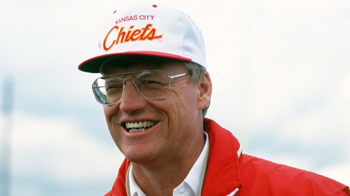 New documentary pays tribute to former Chiefs coach Marty Schottenheimer